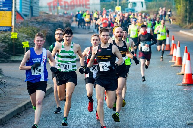 Hundreds put best foot forwards for annual 10K