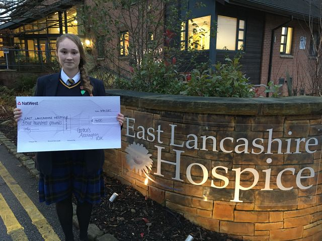 Teenager pounds the pavement for charity